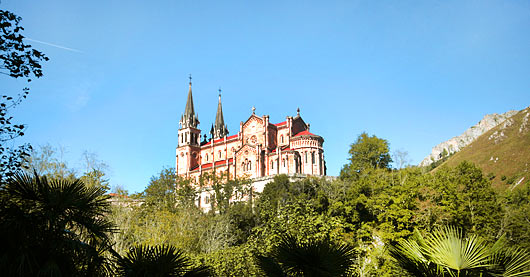 santuario covadonga.jpg