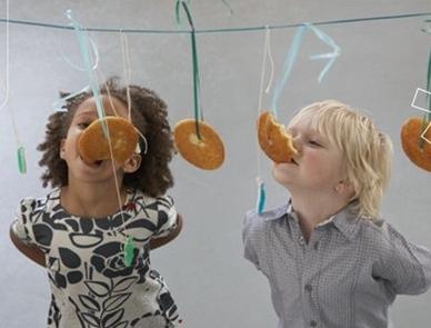 Juegos Para Cumpleanos Y Fiestas Infantiles Un Dinosaurio En La Maleta