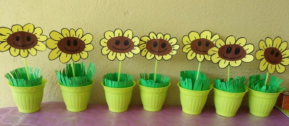 Cumplea os plantas contra zombies plants vs zombies party for Decoracion con globos plantas contra zombies